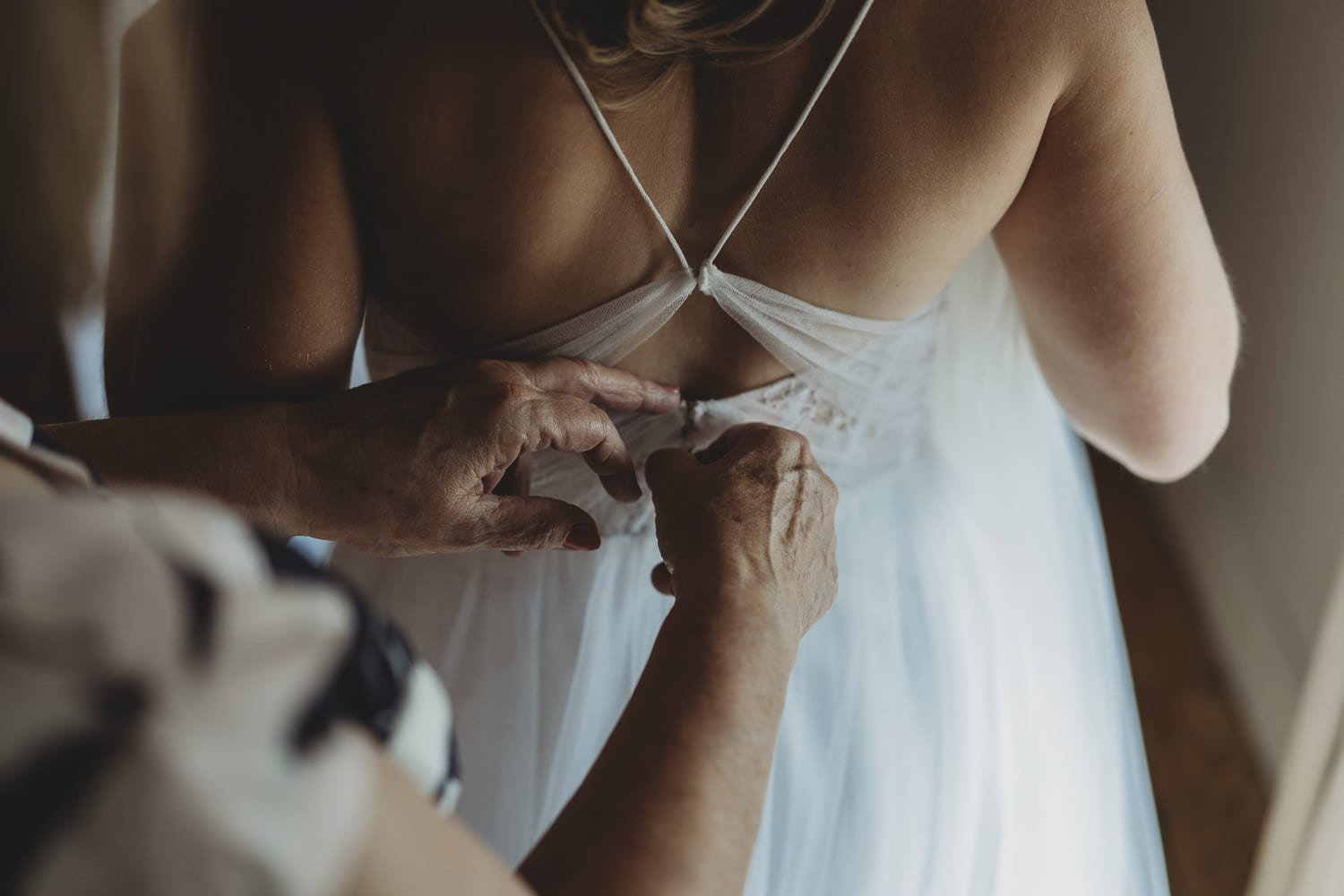 Larchfield Estate bridal prep